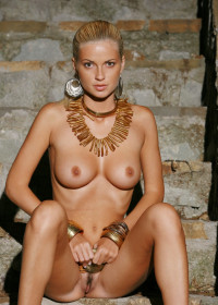 Gallery: Met-Art Katya