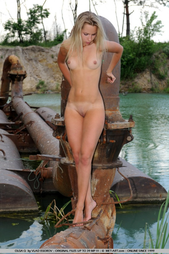 models art Nude met blonde